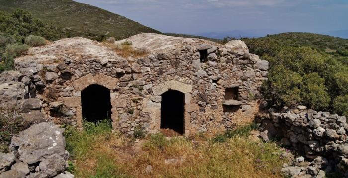 The island Kythera - katouna - Kythirian farmhouse