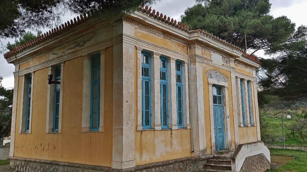 Architecture of Kythira by Xenonas Fos ke Choros (17)