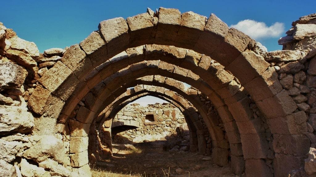 Architecture of Kythira by Xenonas Fos ke Choros (6)
