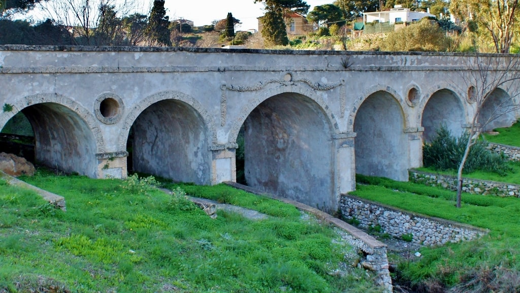 British projects on Kythera by Xenonas Fos ke Choros (6)