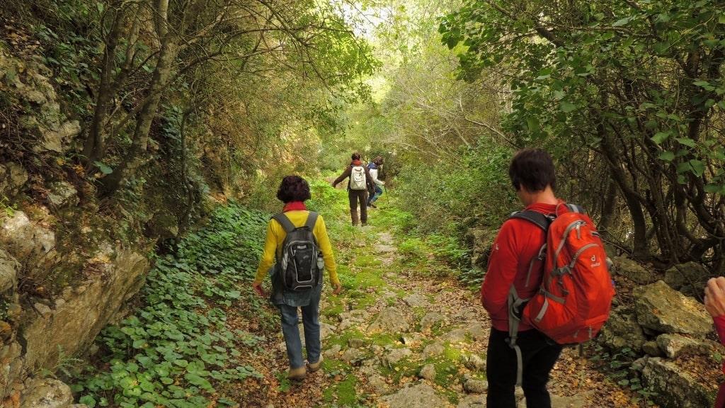 Hiking on Kythera by Xenonas Fos ke Choros (2)