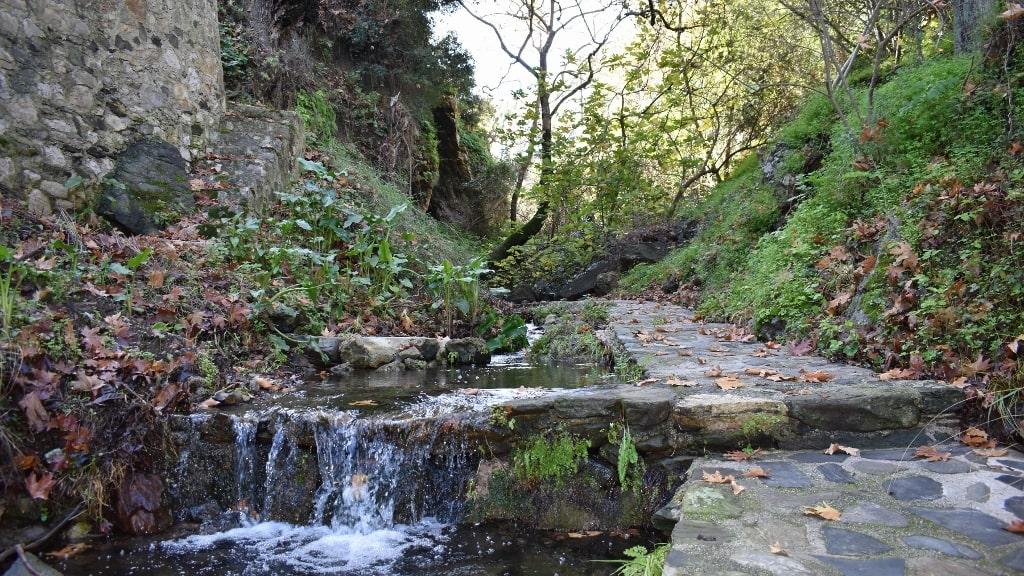 Springs of Karavas on Kythera by Xenonas Fos ke Choros (3)