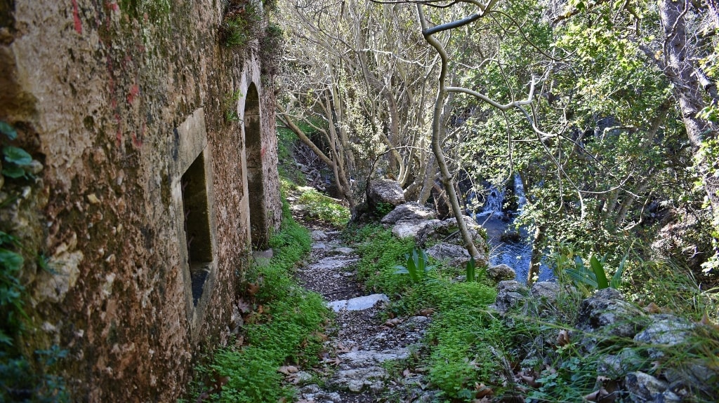Valley with the watermills by Xenonas Fos ke Choros (9)