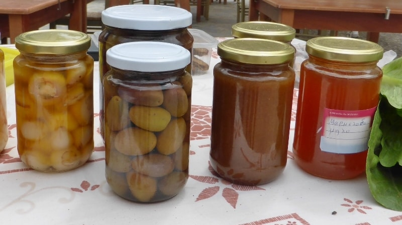 Local products of Kythera by Xenonas Fos ke Choros 4