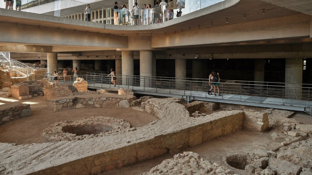 New Acropolis Museum - Athens Info Guide by Xenonas Fos ke Choros