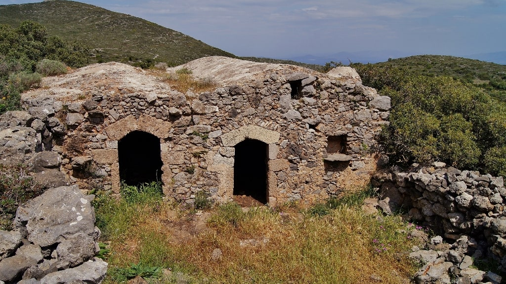 Architecture of Kythira by Xenonas Fos ke Choros (18)