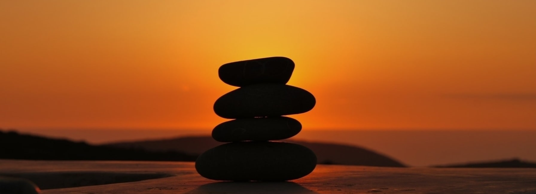 Home - Xenonas Fos ke Choros - stone sunset